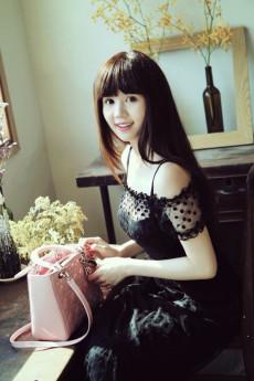 daicongcaothanh.wap.sh | Nữ hoàng đồ lót Ngọc Trinh là
